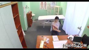 Pizdegoale futute de medici futaciosi