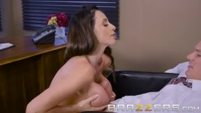 Sex cu profesoara super buna