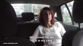 Muie si sex in masina cu o amatoare